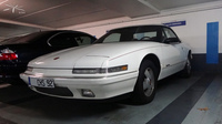 Buick-Reatta-convertible-blanche-1990-91_parking-eglise-Neuilly_02