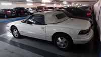Buick-Reatta-convertible-blanche-1990-91_parking-eglise-Neuilly_04