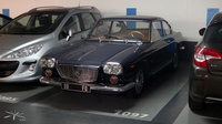 Lancia-Flavia-bleue_parking-eglise-Neuilly_01