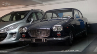 Lancia-Flavia-bleue_parking-eglise-Neuilly_02
