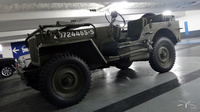 Jeep_parking-eglise-Neuilly_03