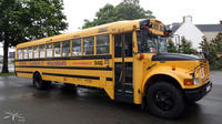 School-bus-International_PontLAbbe_02