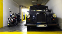 Carbodie-London-Taxi_parking-Collines-StCloud