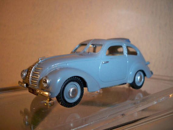 Tin_Wizard_1938_Hanomag_1-3_Model_Car