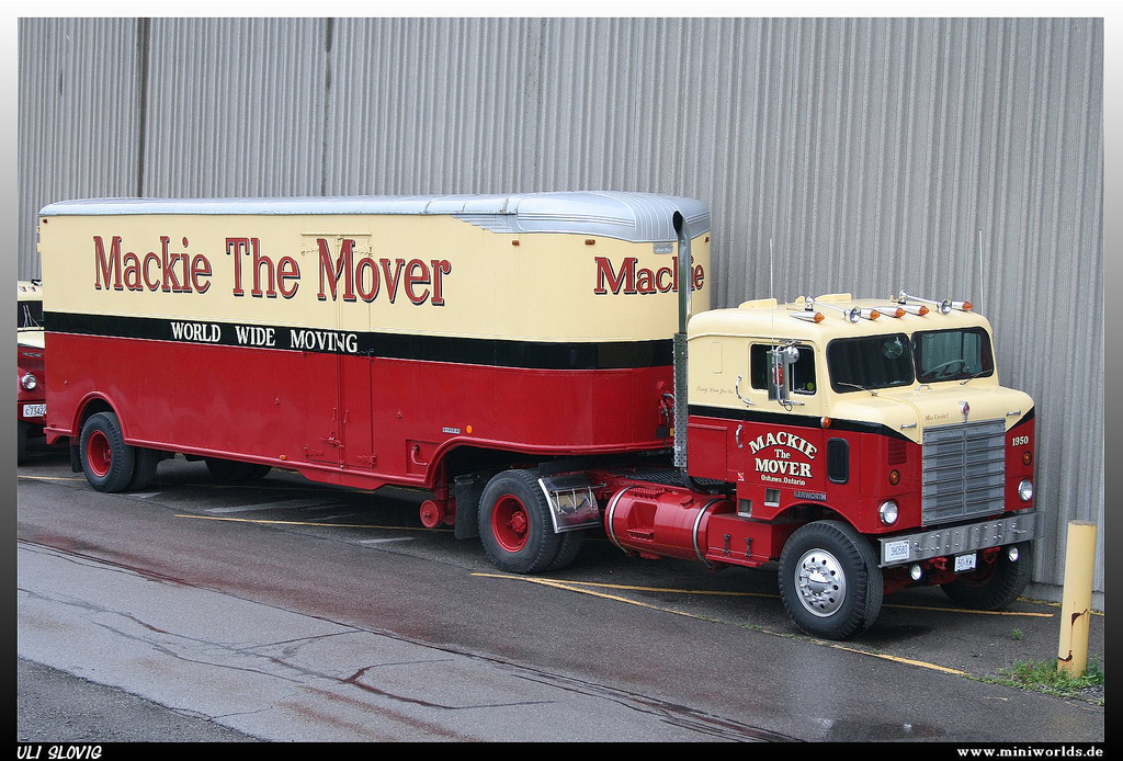 Mackie The Mover