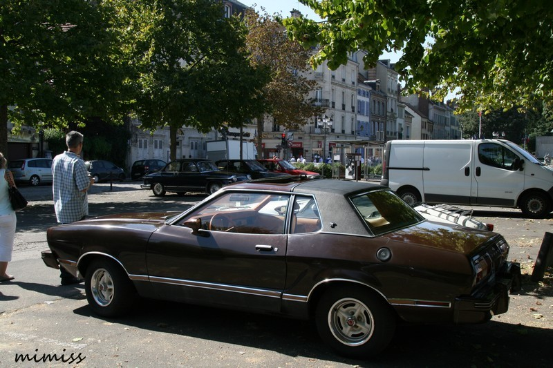 Ford Mustang II 2