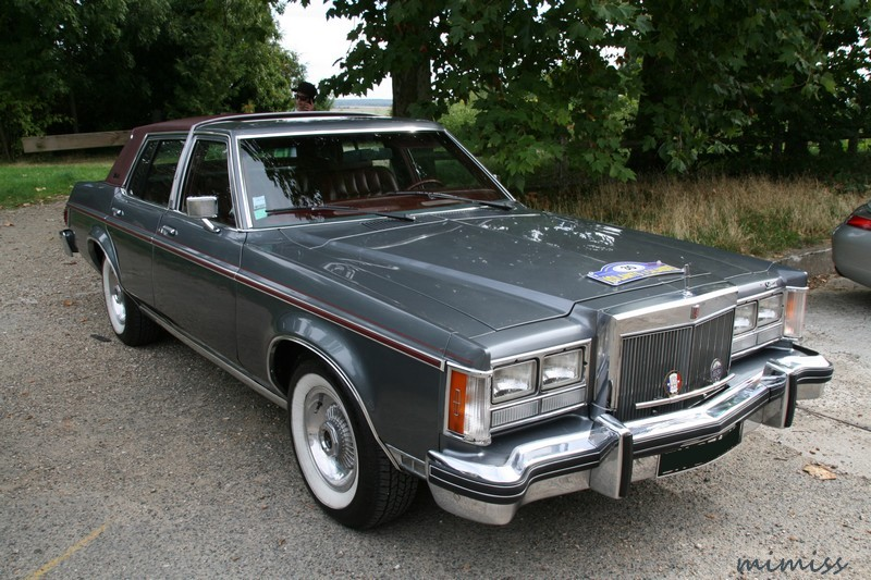 Lincoln Versailles 1