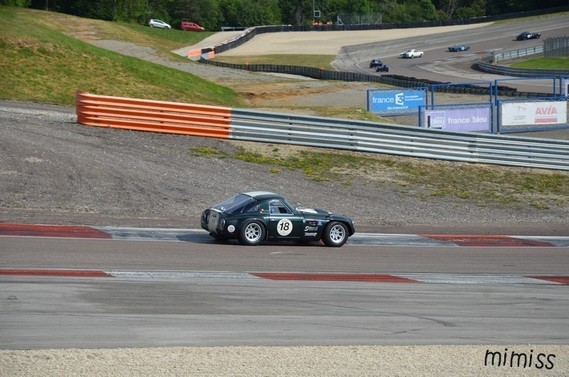TVR Griffith 1965 3