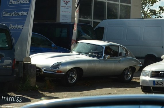 Jaguar E-Type S1 2