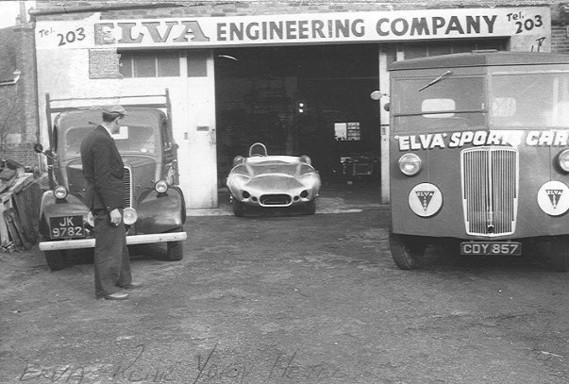 Transporteur - Morris Commercial PV - elva - 1950 - workshop  Bexhill - 100 (1)