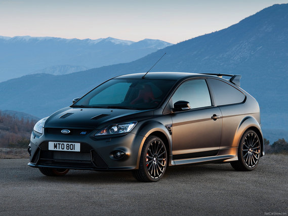 Ford-Focus_RS500_2011_02