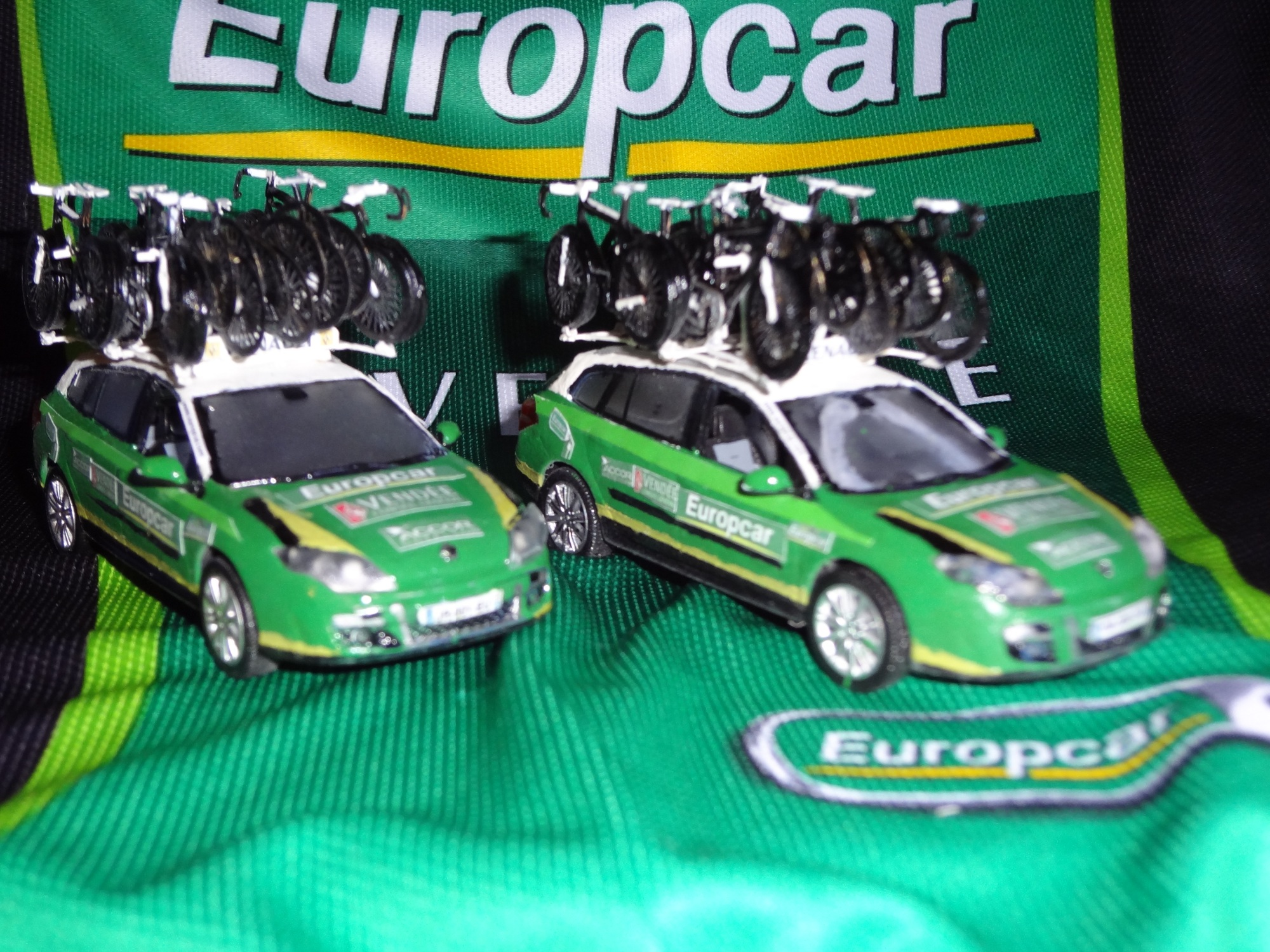 voitures assistances team europcar saison 2012 r alisations vincentounet photos club. Black Bedroom Furniture Sets. Home Design Ideas