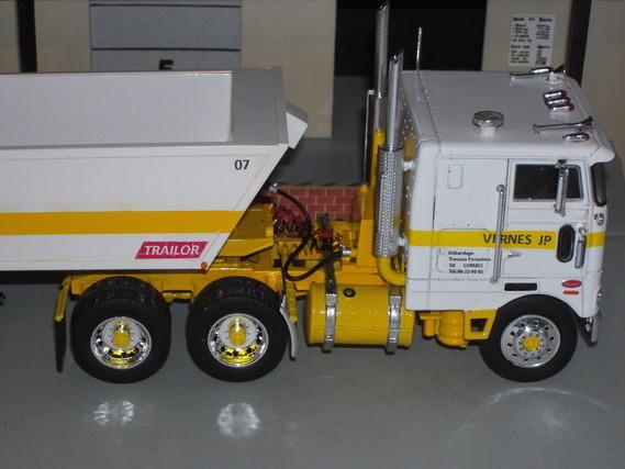 """""""Cabover"""""""