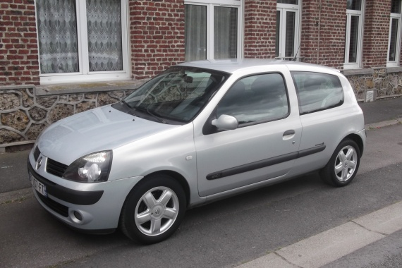 clio 2 1 5 dci 65ch de 2004 community clio clio rs renault forum marques. Black Bedroom Furniture Sets. Home Design Ideas