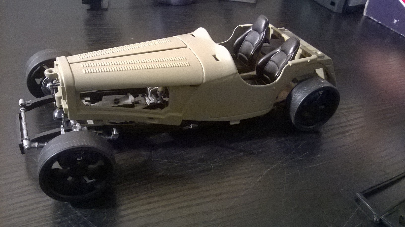 Jaguar ss 100 Hot Rod 1/18 .10