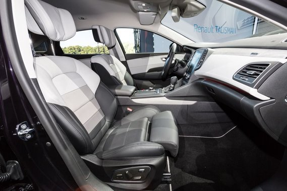 renault talisman initiale paris 2015 photo 15 luxar auto cardream66 photos club club. Black Bedroom Furniture Sets. Home Design Ideas