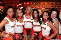 Serveuses-Hooters