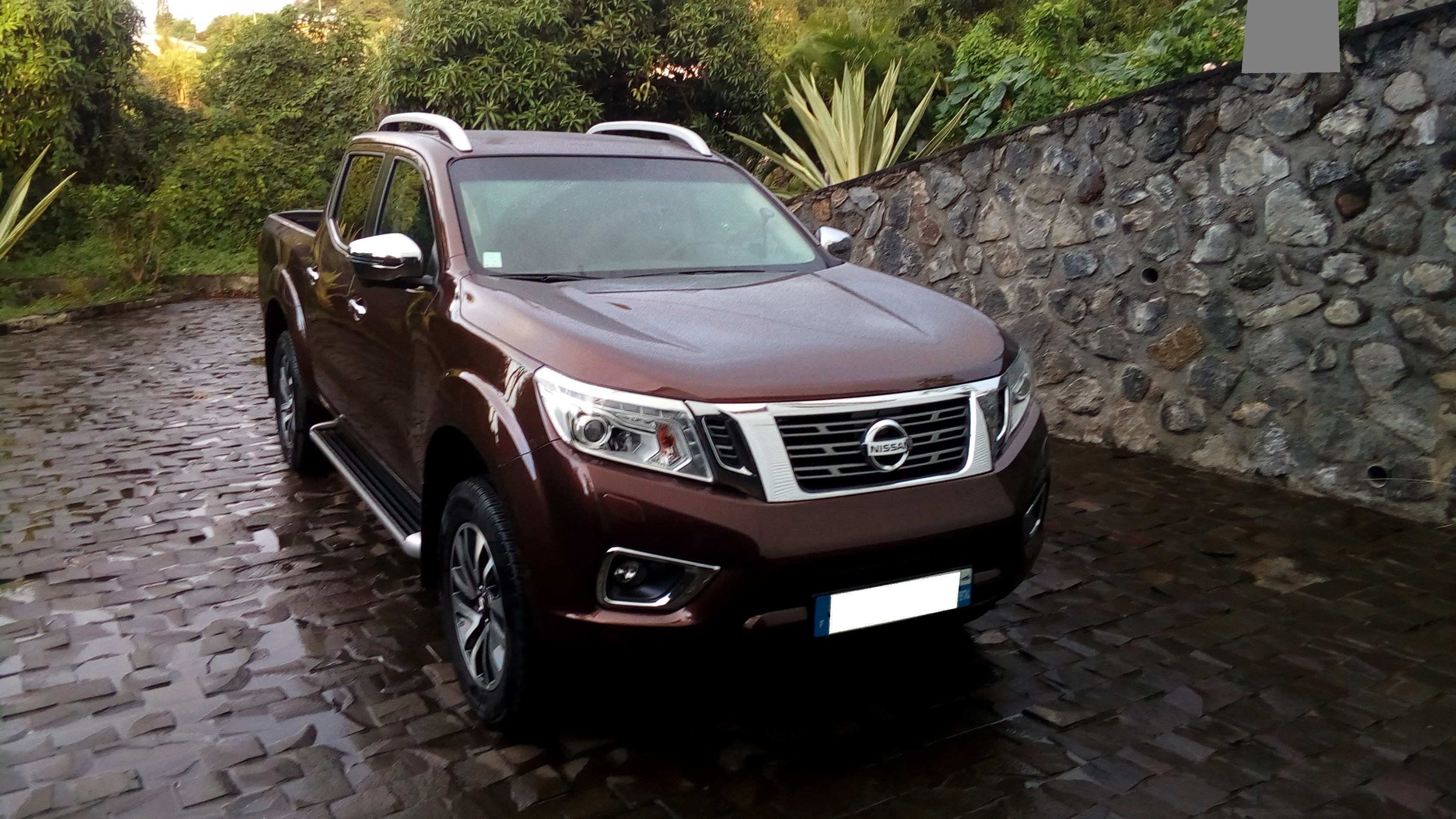 PHOTO NISSAN NAVARAIMG_20170609_171908