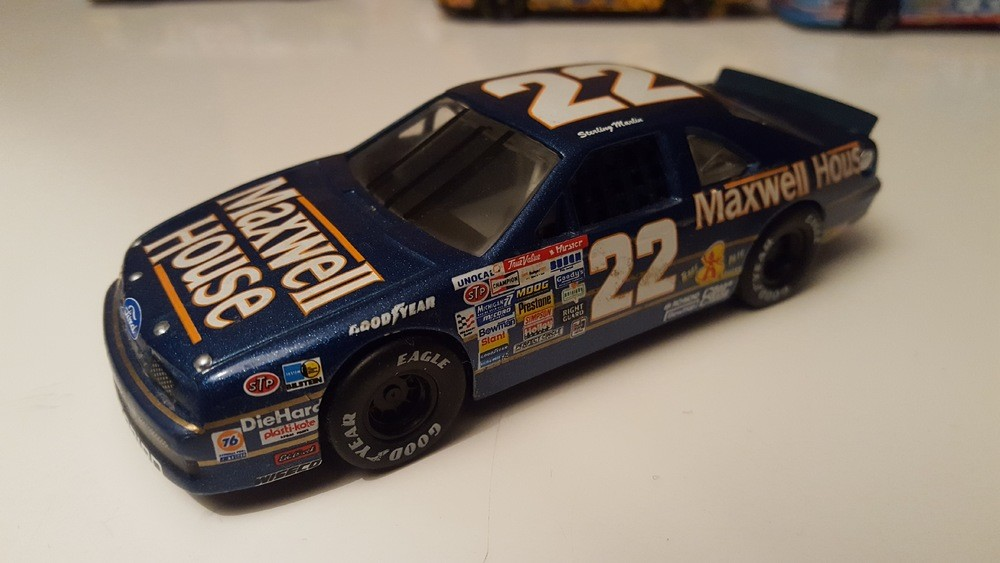 Ford Thunderbird N°22 - Maxwell House - S-Marlin