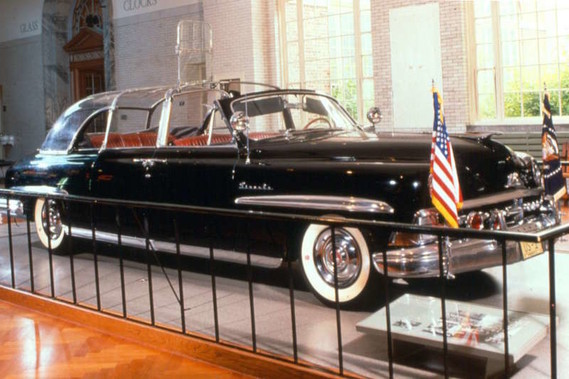 lincoln-cosmopolitan-eisenhower-bubbletop-1950