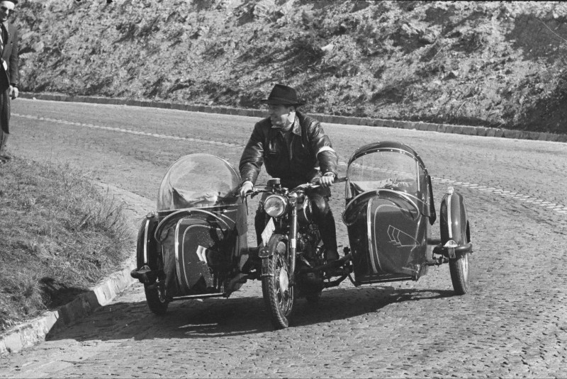 sidecar-puch-double-1