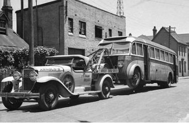 1929 Cadillac Tow Truck