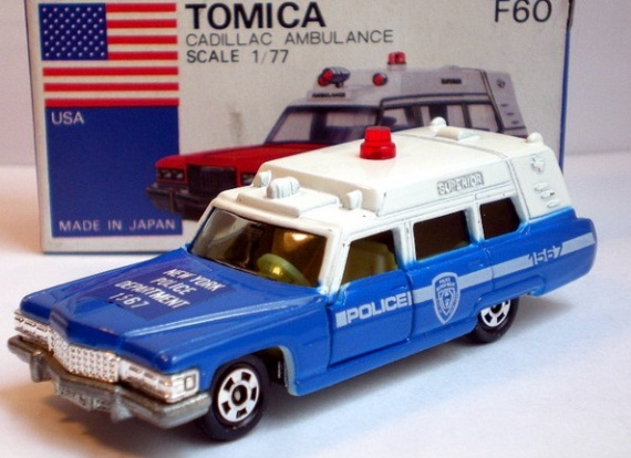 F60-1-7 Tomica Cadillac Superior New York Police NYPD from 1981