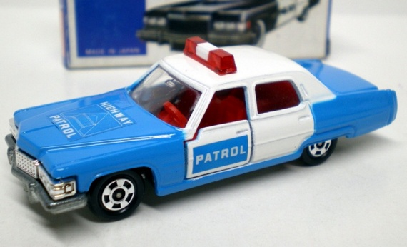 TOMICA F51 Cadillac Fleetwood Police - HIGHWAY PATROL
