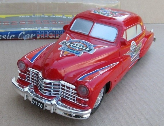 1947 CADILLAC FRICTION TOY CAR HIGH SPEED KING LIMOUSINE