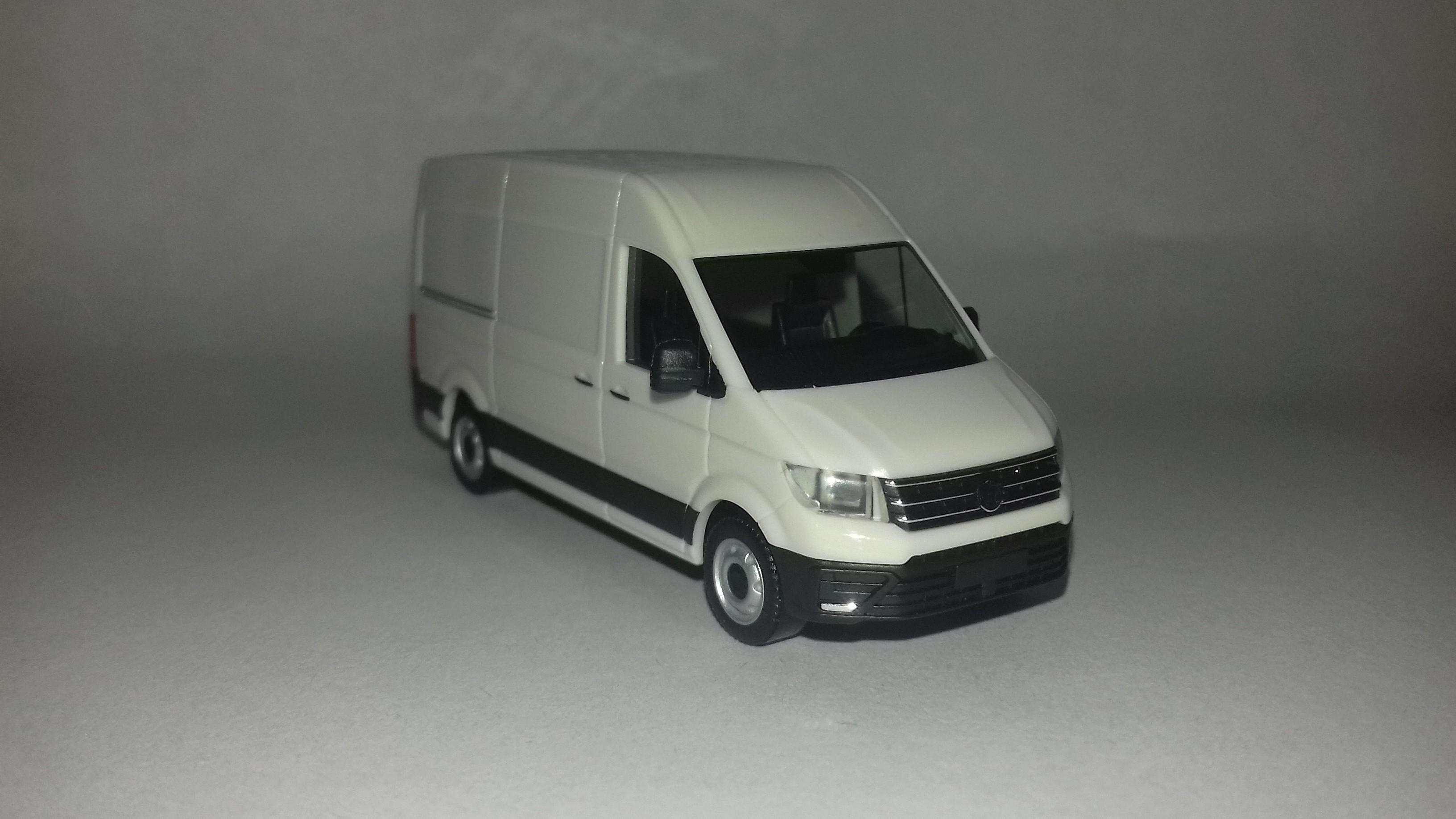 VW Crafter 2 2016 1
