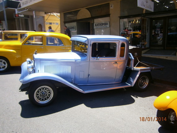 2014-1-05-Ford A plateau str-rod 1931