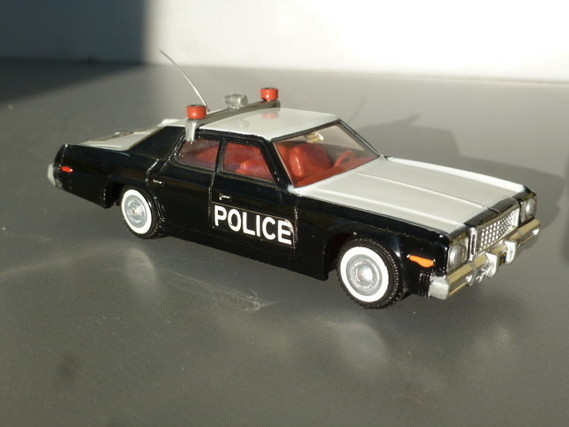 """Plymouth Fury """"police"""" DTGB"""