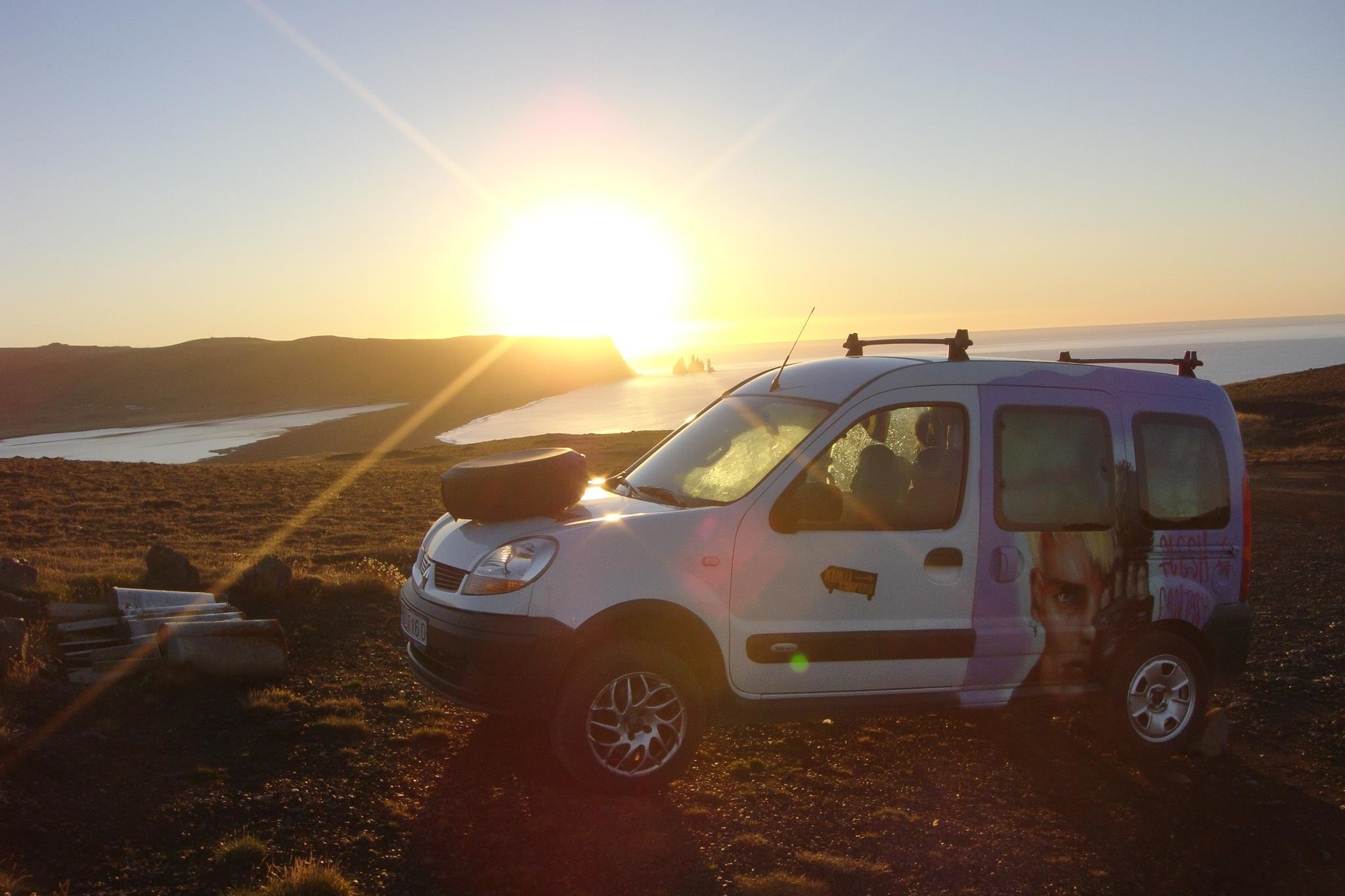 10-reasons-to-rent-a-camper-in-iceland-1