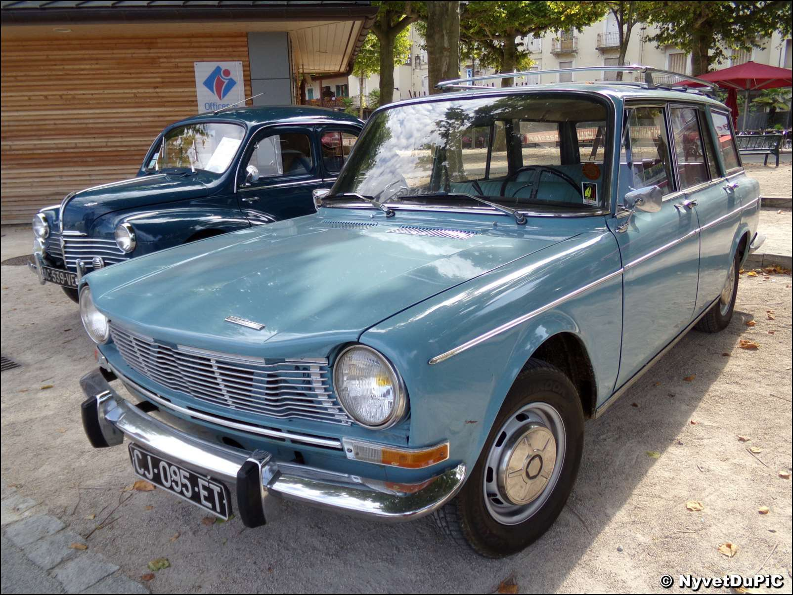 Simca 1301 1501 topic officiel page 101 oldies for Moquette voiture ancienne