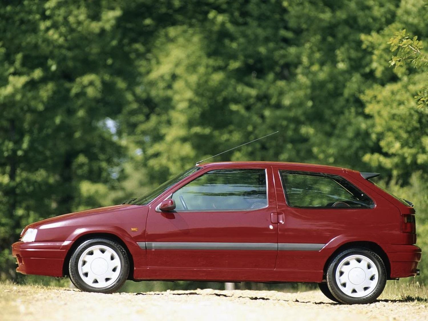 zx_coupe_16v_155_ch_1993_lateral