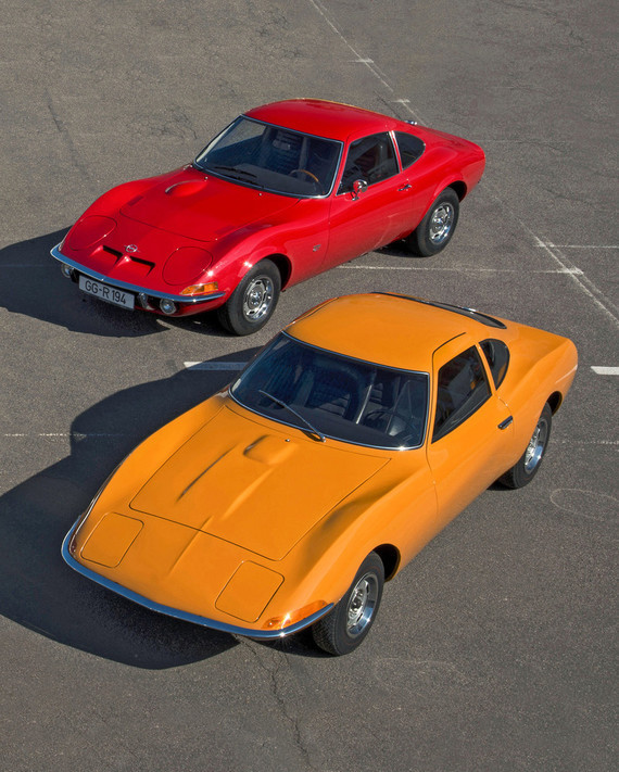 Opel-GT-and-Experimental-GT-503394