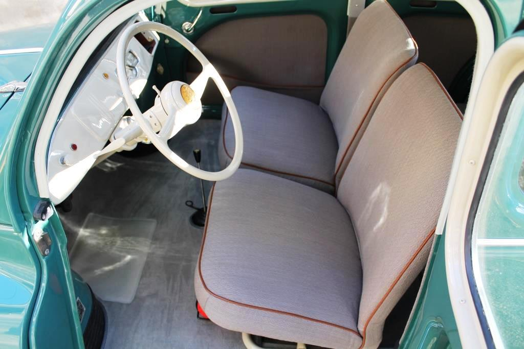 Sellerie fini 4 cv captainrex 4cv photos club club for Interieur 4cv