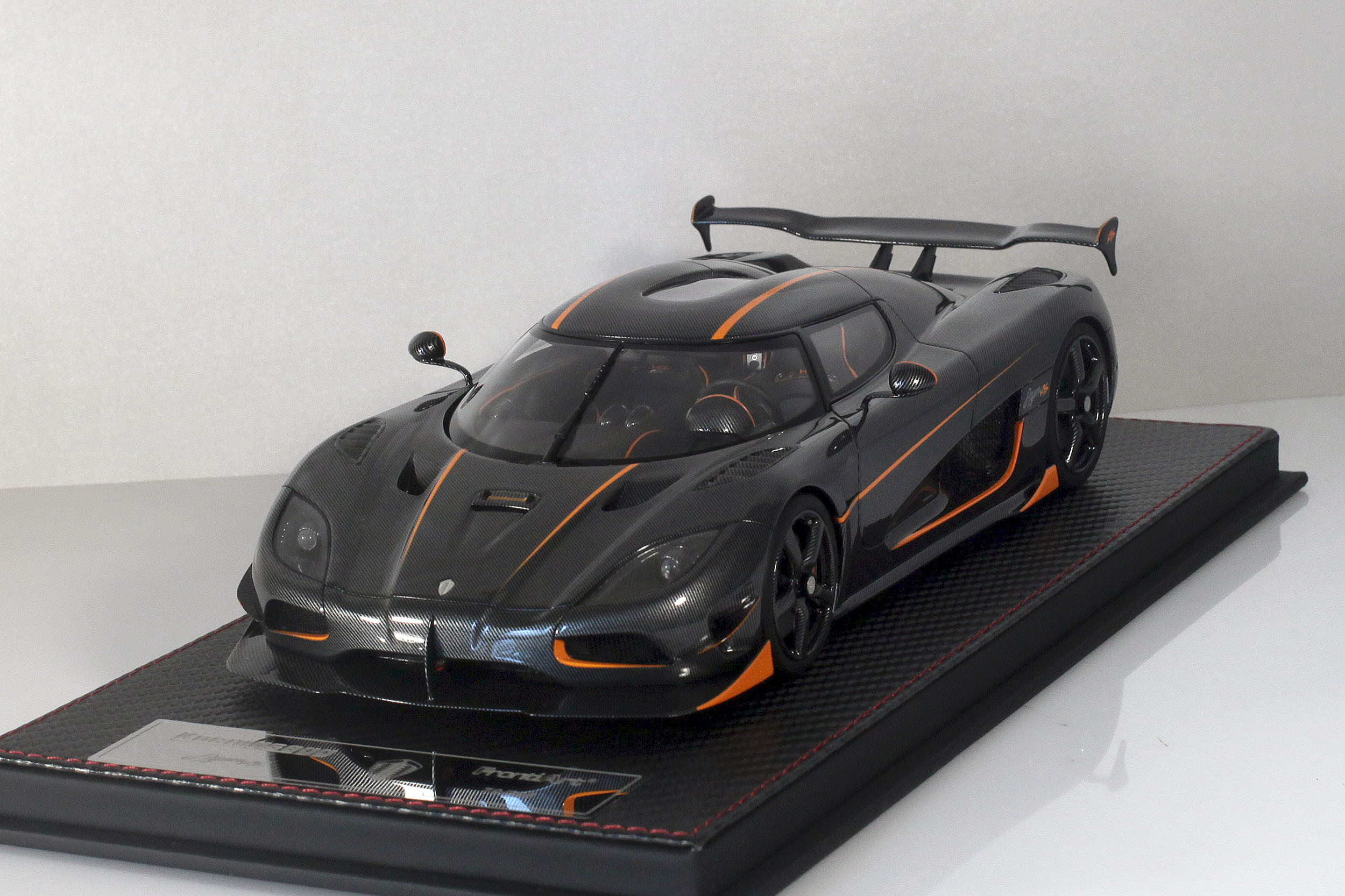 Agera-RS-12