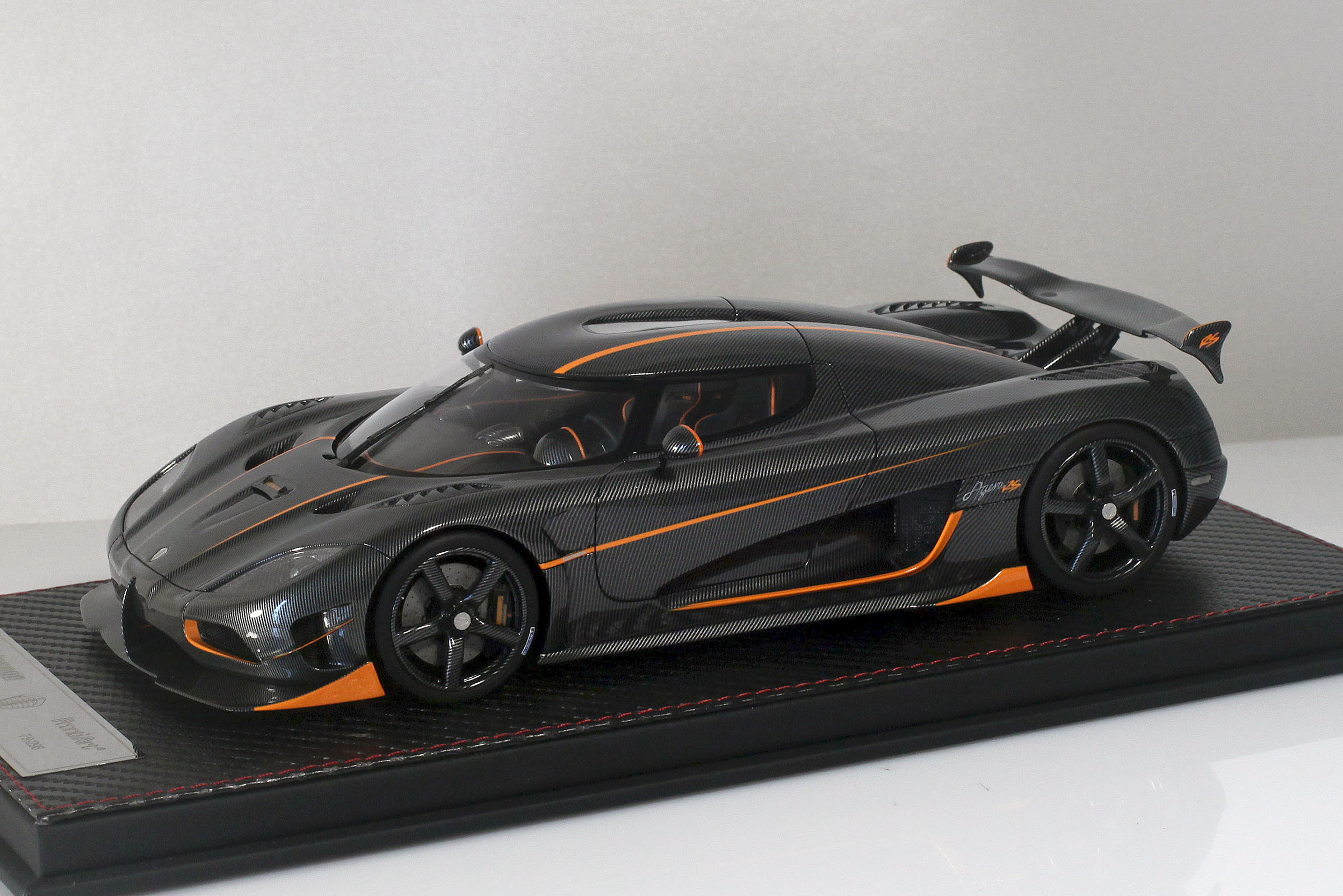 Agera-RS-11