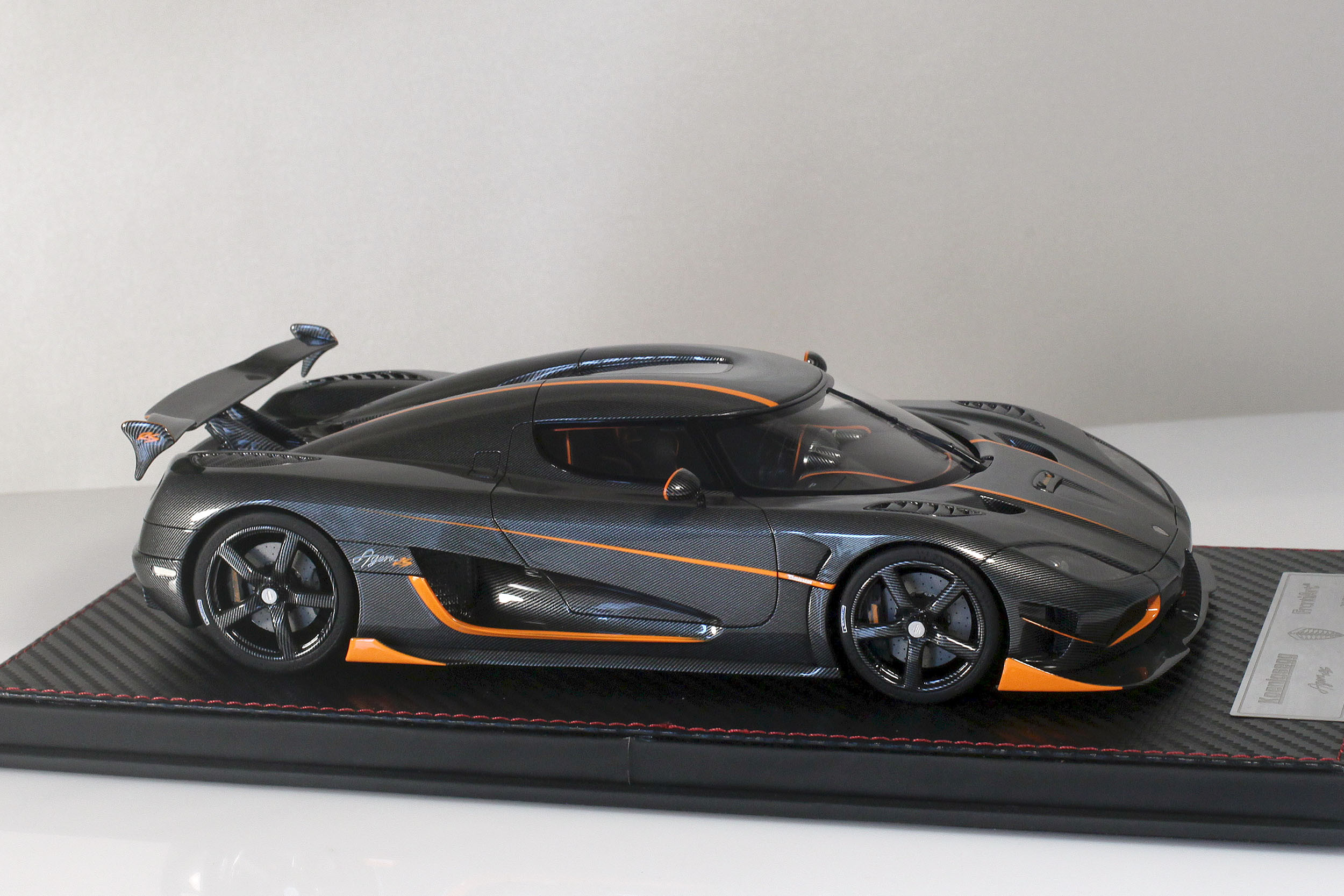 Agera-RS-14