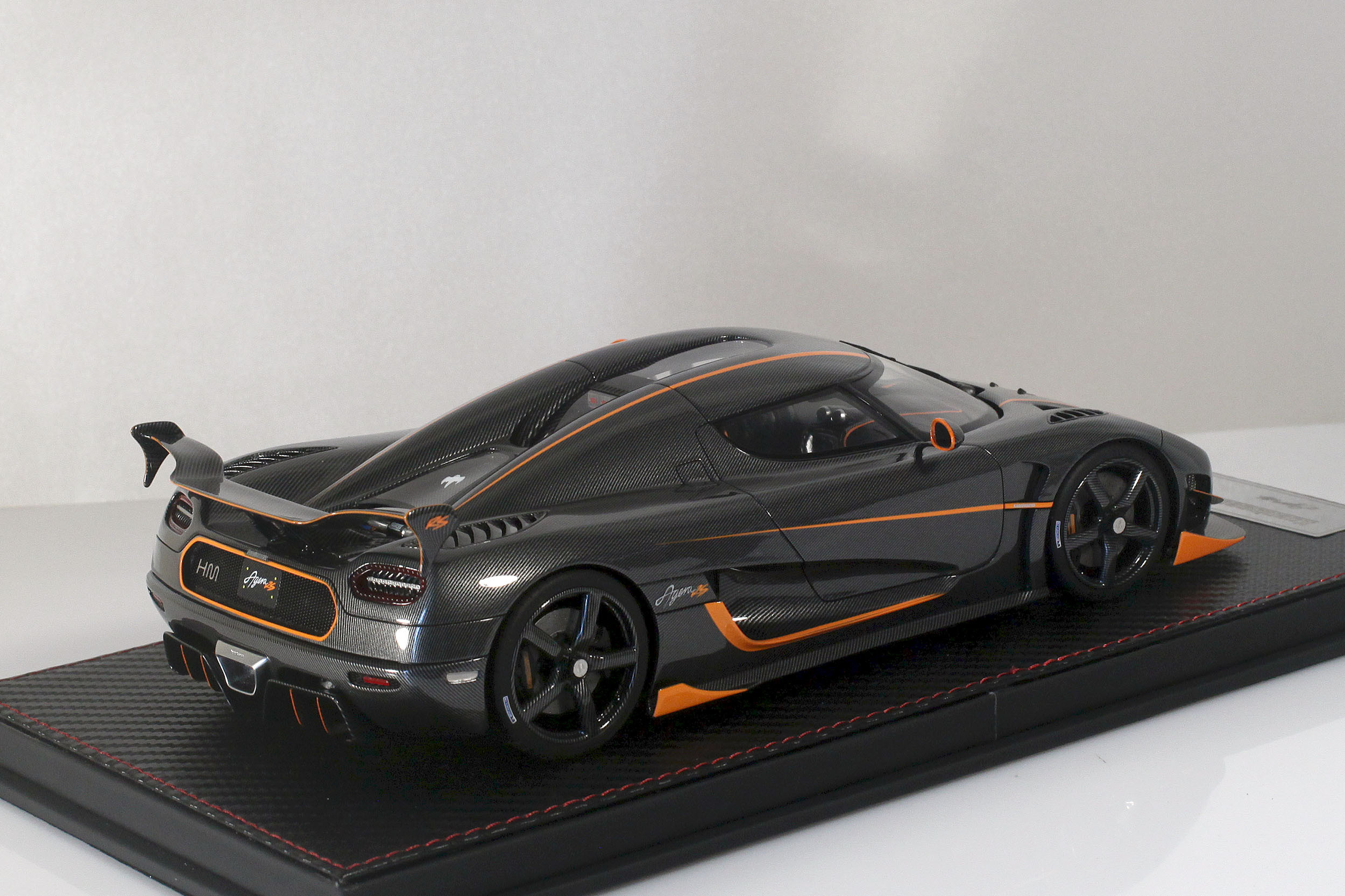 Agera-RS-15