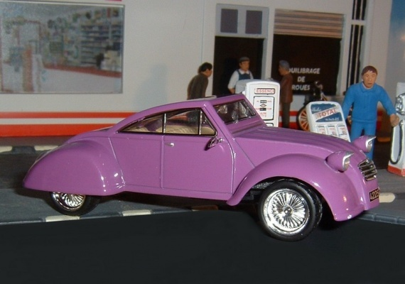 2CV Lead Sled by airbus06