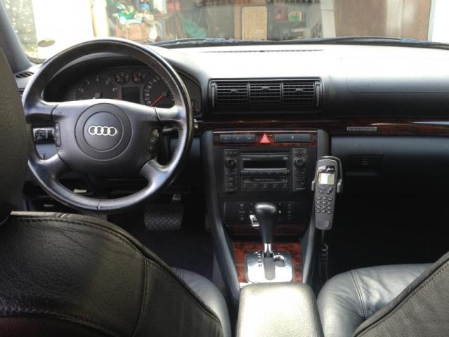 Audi a4 2000 interieur id e d 39 image de voiture for Interieur audi a4