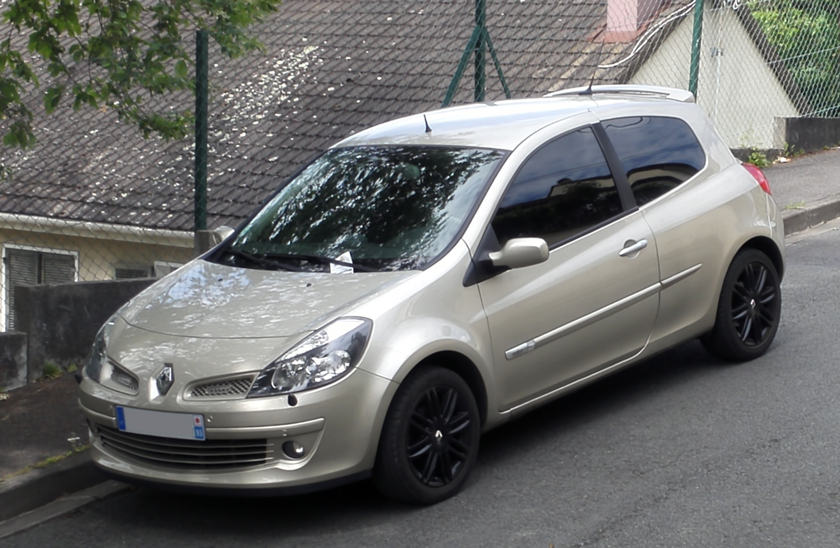 renault clio 3 1 initiale 1 6 16v vendue page 13 clio clio rs renault forum marques. Black Bedroom Furniture Sets. Home Design Ideas