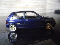 Clio Williams (2)