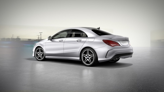 Mercedes cla 2013 topic officiel page 13 cla mercedes forum marques for Peinture couleur argent