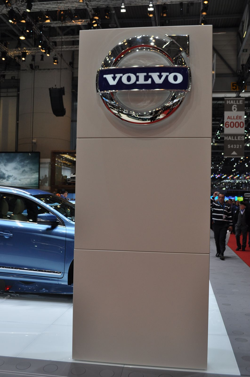 salon de l 39 auto gen ve 2014 volvo forum marques. Black Bedroom Furniture Sets. Home Design Ideas