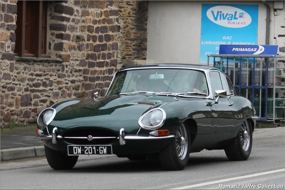 42 Jaguar E-Type 4-2 L (1)