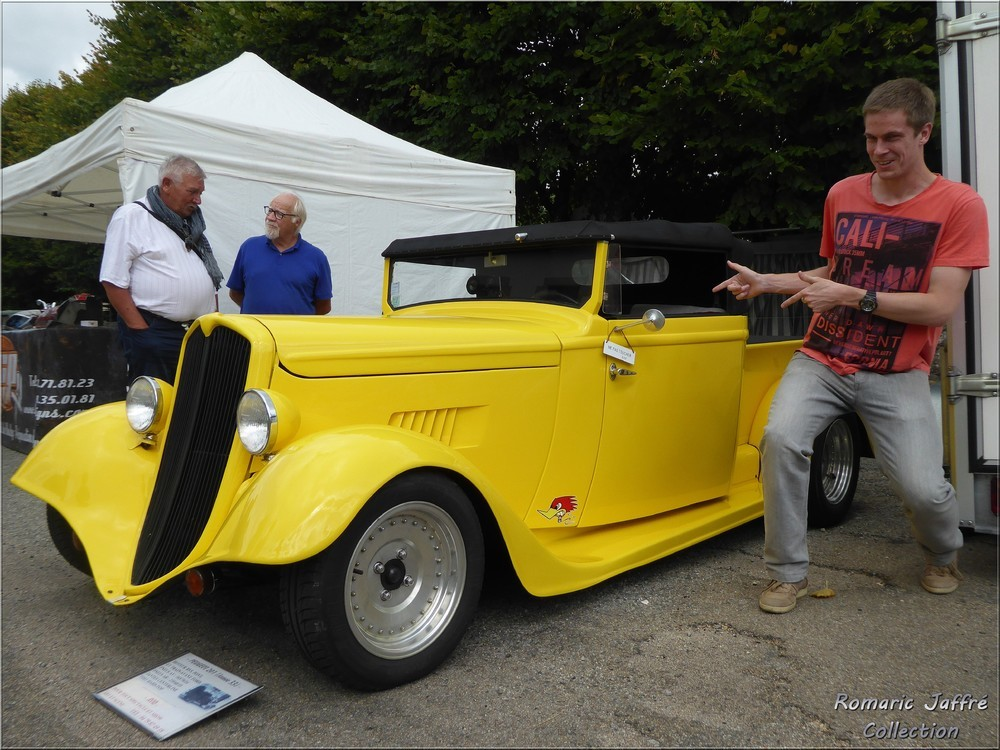 Cyril devant le Peugeot 201 Hot-Rod
