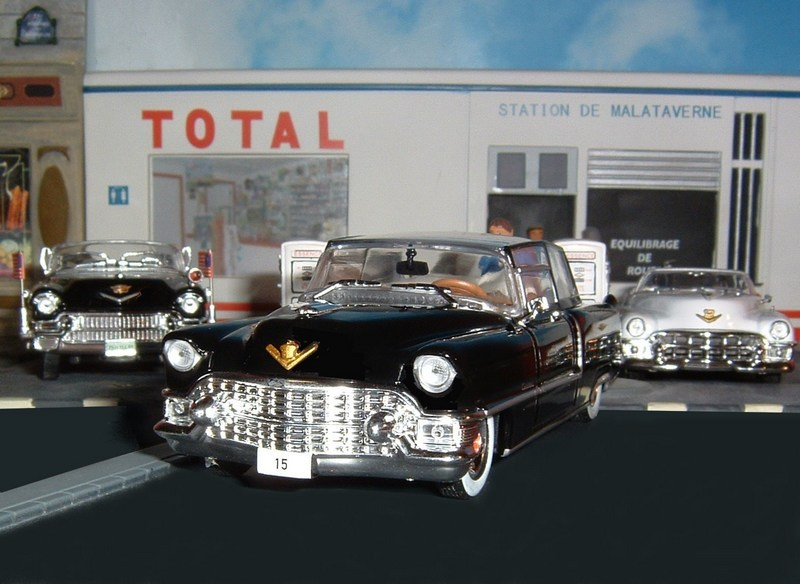 n 26 cadillac s rie 62 cabriolet 1960 b miniatures 1 43 airbus 06 photos club club. Black Bedroom Furniture Sets. Home Design Ideas